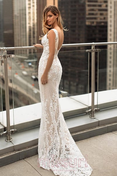 ชุดราตรีสีขาว ชุดพรีเวดดิ้ง ชุดแต่งงาน