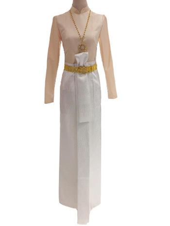 ผ้าถุงจีบหน้านางสีขาวเรียบหรู แมทเข้ากับเสื้อบรมพิมานแขนกระบอกสีครีม