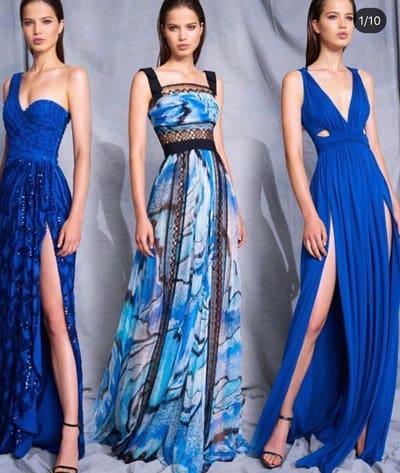 ชุดราตรีสีน้ำเงิน