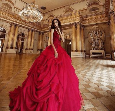 แฟชั่น ชุดราตรีสีแดง