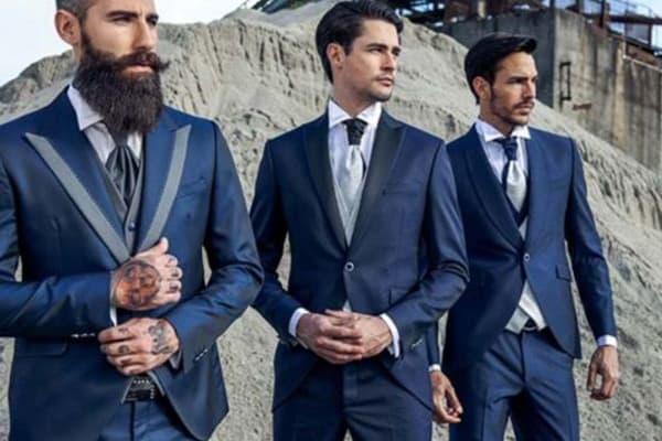 ชุดสูทสีน้ำเงินกรม