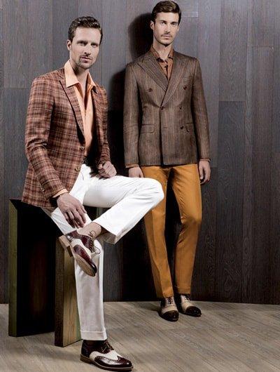สูทลายใครว่าผู้ชายใส่ไม่เท่ เเบบสูท 2 กระดุมลายแมตท์กับกางเกงสีพื้น เท่สะดุดทุกสายตา