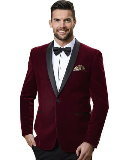 เสื้อสูททักซิโด้สีเเดงผ้ากำมะหยี่เเมตท์กับเสื้อเชิ๊ตสีขาว