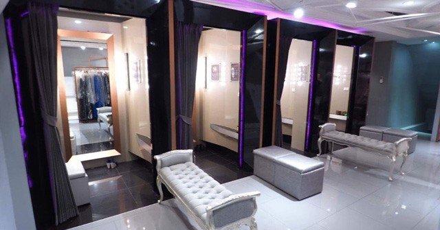 ห้องลองที่มีมากกว่า10ห้อง เพื่อรองรับคุณลูกค้าได้อยากสะดวกสบาย