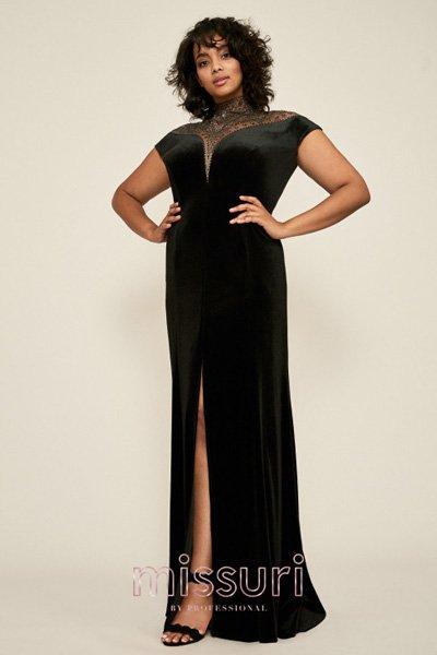 ผ้ากำมะหยี่สีดำเข้ารูปเป็น ชุดราตรีคนอ้วน ยาว กลางคืน ที่ดึงดูดได้ทุกสายตาผ่าหน้าขาเพิ่มความเซ็กซี่
