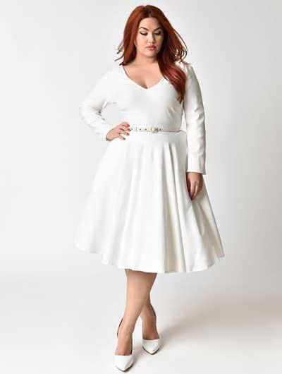 สาวอวบ ใส่เดรสสั้น สีขาวกระโปรงบาน น่ารักมากค่ะ
