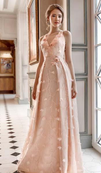 ผ้าเเต่งลูกไม้สไตล์น่ารักเหมาะกับสาวสายหวานเเขนกุดกระโปรงจับจีบยาว