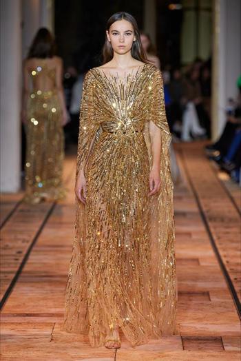 สไตล์ชุดกรีกโรมันสีทอง แบบหรูหรา ช่วงเอวรัดด้วยเข็มขัด