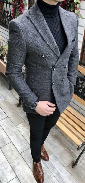 กางเกงสีดำกับสูทสีเทาทรง6กระดุม ใส่คู่กับเสื้อคอเต่าแนววัยรุ่น