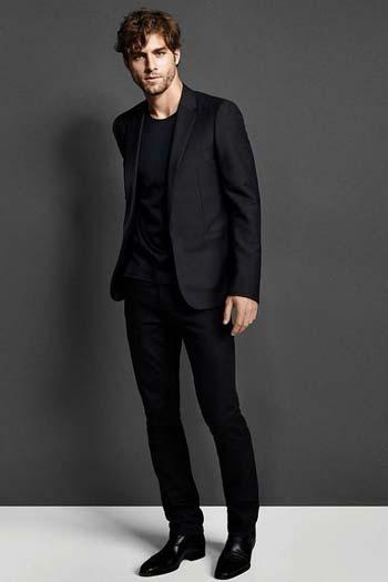 สามารถใส่ได้ในทุกๆโอกาสชุดสูทสีดำหนึ่งกระดุมทรง Slim Fit
