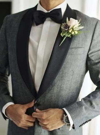ชุดสูททักซิโด้สีเทาปักดำเเมตท์กับหูกระต่ายสีดำ